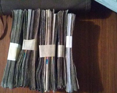 Los capturados iban a recoger Q300 mil producto de una extorsión. (Foto Prensa Libre: PNC)