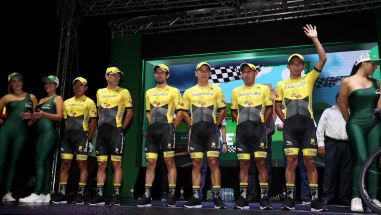 El equipo de Decorabaños es uno de los más representativos del ciclismo guatemalteco. (Foto Prensa Libre: Carlos Vicente)