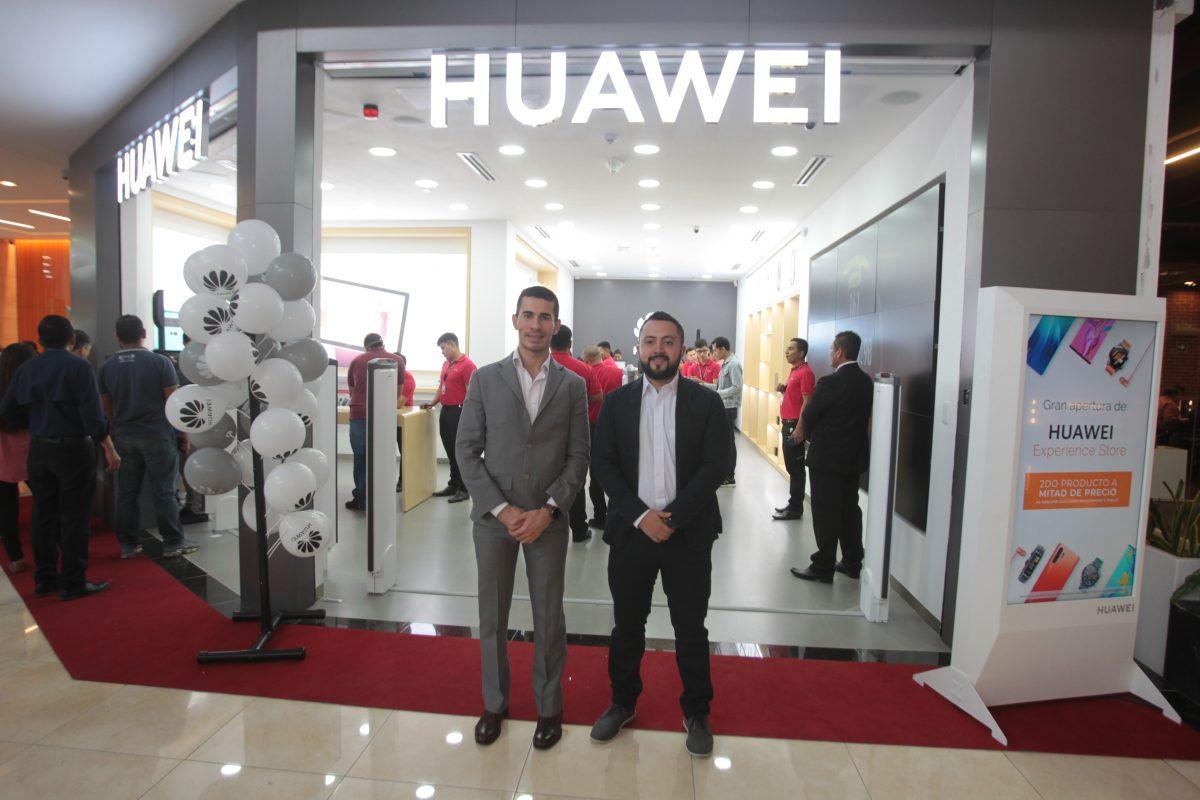 Huawei inauguró su primera tienda Huawei Experience Store