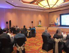 La celebración de los 125 años se realizó junto  un grupo selecto de invitados. Foto. Prensa Libre: Norvin Mendoza