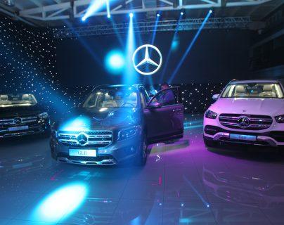 Mercedes Benz presentó los nuevos modelos de vehículos. (Foto Prensa Libre: Norvin Mendoza)