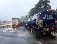 Lugar del accidente en la autopista Palín-Escuintla. (Foto Prensa Libre: Compartida por Amílcar Montejo).