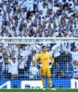 Thibaut Courtois no tuvo su mejor partido en el Bernabéu. (Foto Prensa Libre: AFP)