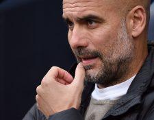 El entrenador español Pep Guardiola está preocupado por la situación que vive Cataluña. (Foto Prensa Libre: AFP)