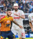 Acción durante el juego en el que la Juventus no pudo quedarse con los tres puntos. (Foto Prensa Libre: AFP)