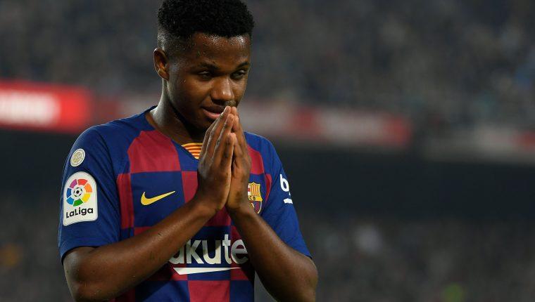 Ansu Fati , es una de las promesas del Barcelona. (Foto Prensa Libre: AFP)