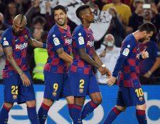 En plena concentración para el Clásico Español, el jugador Nelson Sededo recibió la noticia. (Foto prensa Libre: EFE)