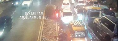 Caos vial por protesta en la ruta al Atlántico. (Foto Prensa Libre: Amílcar Montejo)
