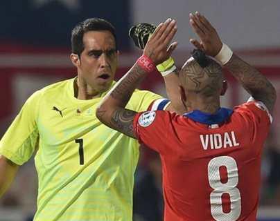 """""""Escuchen al pueblo"""", reclaman futbolistas chilenos ante estallido social"""