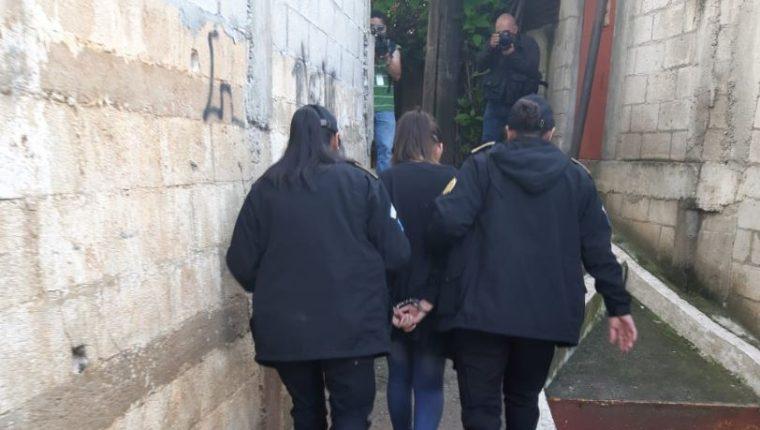 Las autoridades han ejecutado este año 757 órdenes de captura por el delito de extorsión. (Foto Prensa Libre: Hemeroteca PL)