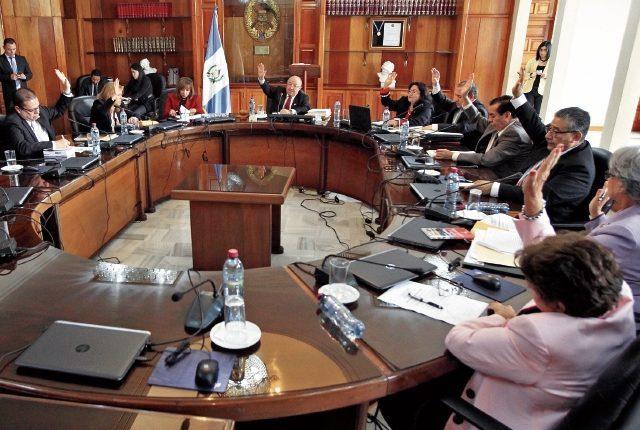 Pleno de magistrados de la Corte Suprema Justicia en sesión. (Foto Prensa Libre: Hemeroteca)