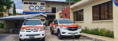 Autoridades de la Conred hacen recomendaciones sobre que hacer en caso de sismo. (Foto Prensa Libre: Dony Stewart)