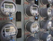 Contadores de energía inteligentes que permitan la medición del consumo por horas es parte de los cambios que se deberán hacer a los usuarios obligados al nuevo modelo de tarifas horarias. (Foto, Prensa Libre: Hemeroteca PL).