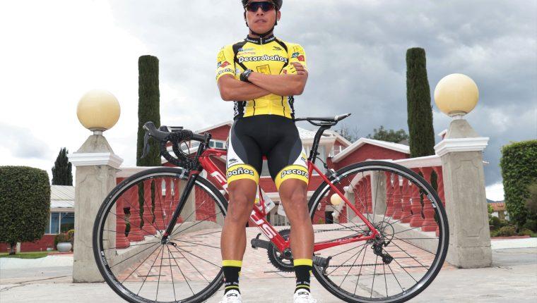 Alfredo Ajpacajá espera volver a brillar. (Foto Prensa Libre: Raúl Juárez)
