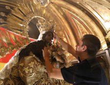 Pocas personas pueden ser testigas de uno de los eventos más solemnes de la fe católica en Guatemala, el cambio de la Virgen del Rosario.
