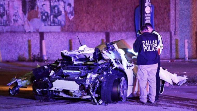 La policía de Dallas examinó el lugar del accidente del campeón del mundo del peso Wélter Errol Spence Jr. (Foto Prensa Libre: Tomada de @FOX4Terry)