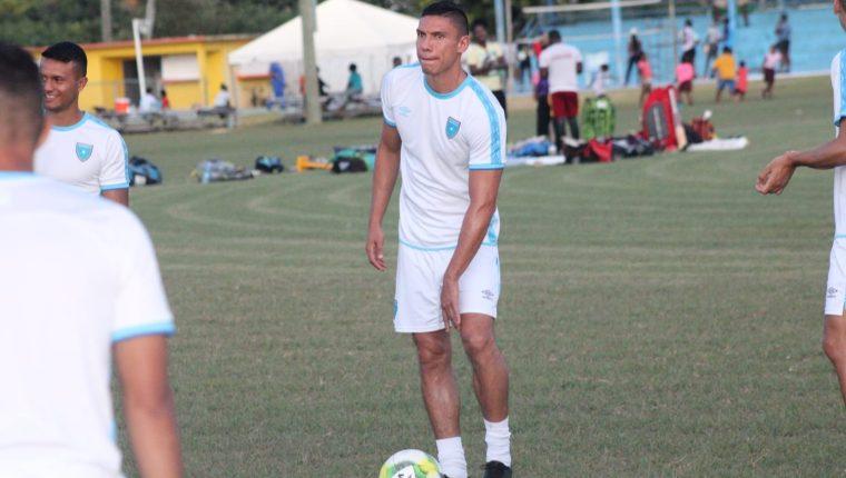 El defensa Carlos Gallardo es uno de los indiscutibles en la Selección Nacional. (Foto Prensa Libre: cortesía Fedefut)