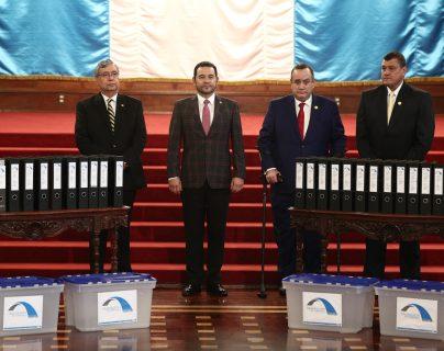El proceso de transicion comenzó de manera pública el 1 de octubre. (Foto Prensa Libre: Carlos Hernández Ovalle)