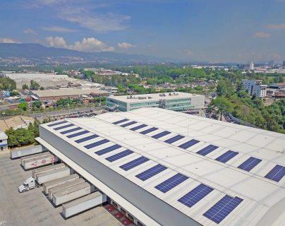El sistema produce 250.6 megavatios hora anuales, la energía equivalente al consumo anual de 70 hogares del país. (Foto Prensa Libre: Cortesía)