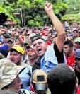El 19 de octubre los primeros hondureños llegaron a Tecún Umán, San Marcos. (Foto Prensa Libre: Hemeroteca PL)