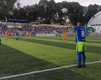 El deportivo Mixco continúa sin reaccionar en casa y dejó escapar el resultado frente a Siquinalá. (Foto Prensa Libre: Deportivo Mixco)