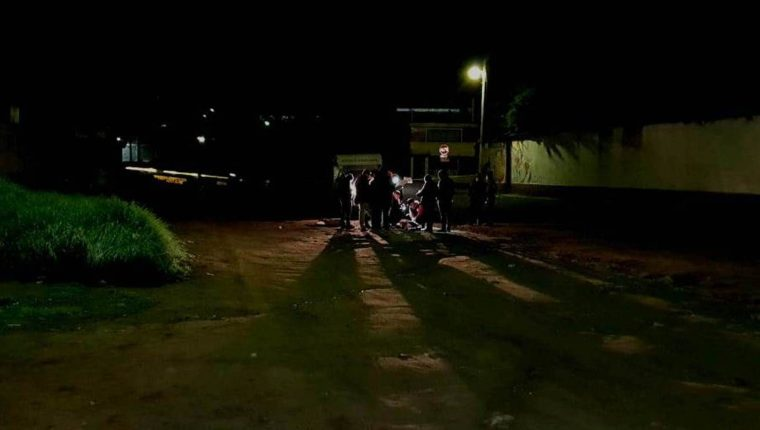 La víctima tenia señales de violencia. (Foto Prensa Libre: Cortesía)