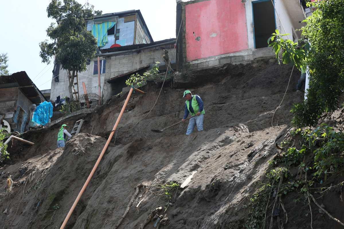 Fotogalería: derrumbe en zona 5 afecta a vecinos