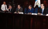 Comisión creada en el Congreso de la Republica para investigar a La CIcig. (Foto Prensa Libre: Noe Medina)