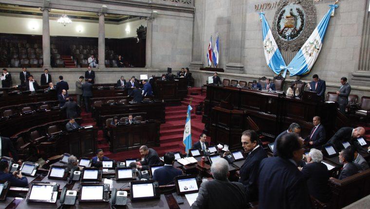 Los diputados han evitado dar una postura al respecto y aseguran que falta mayor debate. (Foto Prensa Libre: Hemeroteca PL)