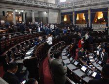 Congreso de la Republica durante la aprobación del Estado de Sitio en 22 municipios. (Foto Prensa Libre: Njoe Medina) Noe Medina)