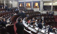 El pleno del Congreso debe autorizar si se conforma o no la nueva comisión anticicig. (Foto Prensa Libre: Noé Medina)