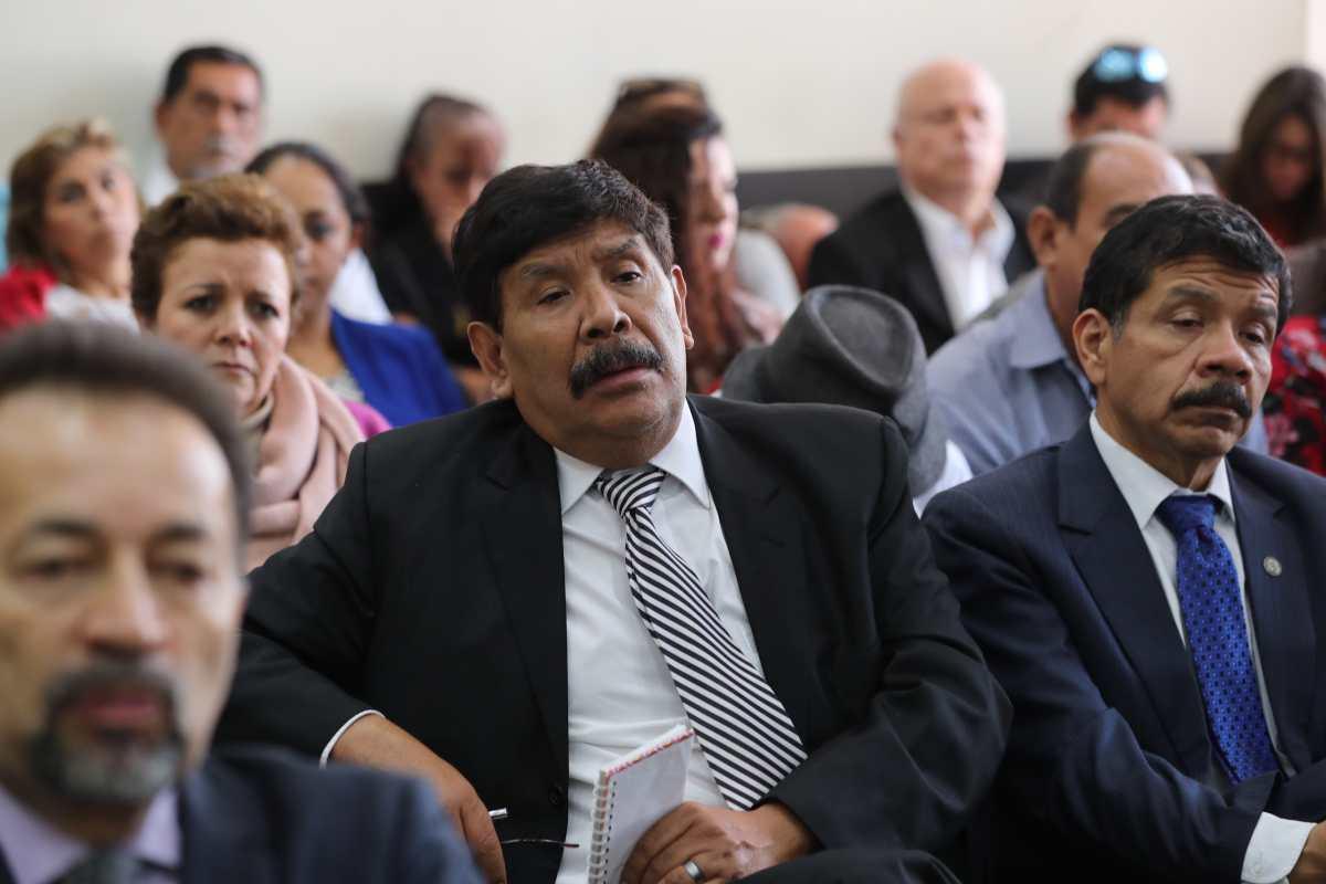 Exalcalde condenado por caso de corrupción exige más de Q2 millones por prestaciones laborales