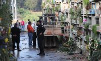Ataque armado en el interior del cementerio la Verbena Zona 7 dejando a cuatro personas muertas y 6 heridos trasladados al Hospital.     Fotograf'a Erick Avila:             21/10/2019