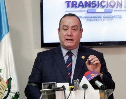 Alejandro Giammattei reiteró a la delegación del FMI que se creará una comisión para el combatir la corrupción en Guatemala. (Foto Prensa Libre: Hemeroteca)