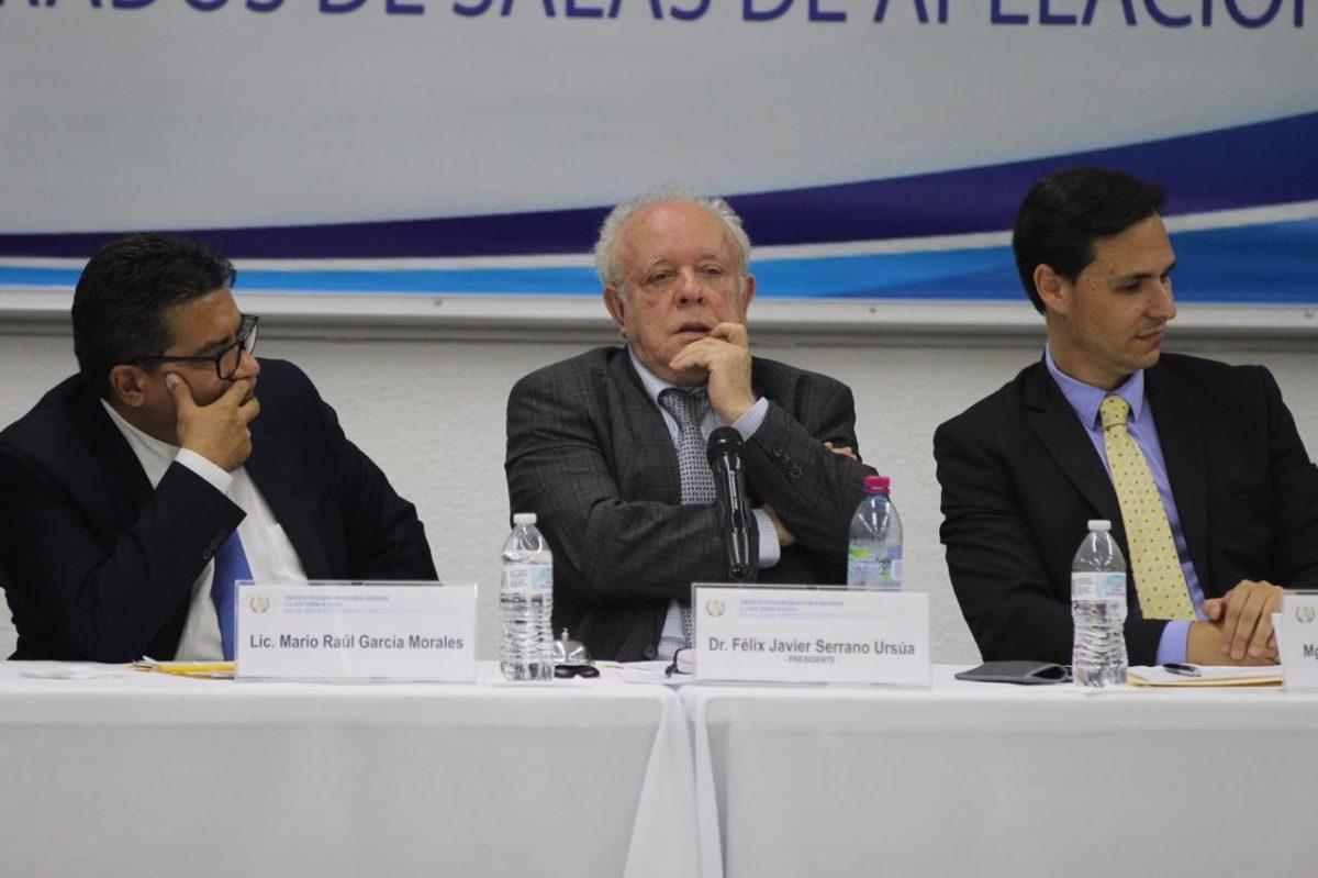 Comisionados presionan para bajar punteo a los elegibles para la CSJ