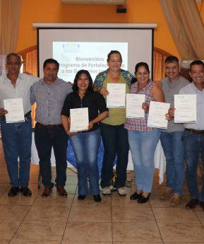 Capacitan sobre administración pública a 10 alcaldes electos de Escuintla