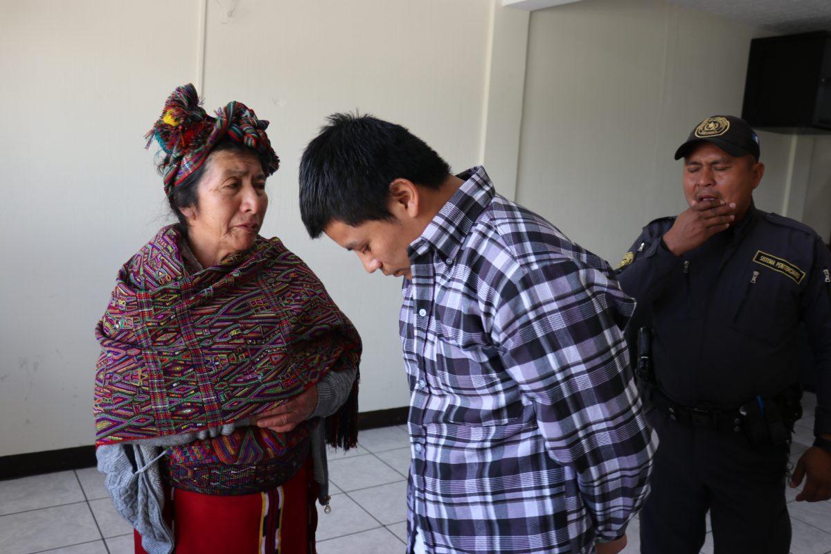 Hombre que mató a machetazos a una niña en Quiché recibe dura condena