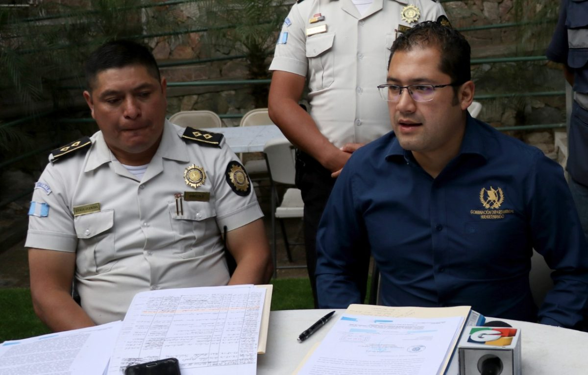 APG condena agresiones de jefe policial contra periodistas en Huehuetenango