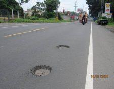 El presidente Jimmy Morales en abril de este año supervisó los trabajos en Retalhuleu. (Foto Prensa Libre: Cortesía)