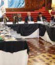 Reunión de la Copreclaft,  del 2 de octubre del 2019, presidida por el vicepresidente Jafeth Cabrera. (Foto Prensa Libre: Esbin García)