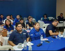 El 7 de octubre, trabajadores de la SAT recibieron un curso sobre metalurgia. (Foto Prensa Libre: SAT)