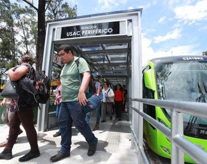 A partir del 15 de marzo se limitará a 100 la cantidad de pasajeros por cada unidad de Transmetro. Foto: Archivo PL