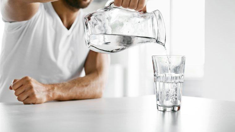 Consejos para que tomar agua se convierta en un hábito permanente – Prensa  Libre