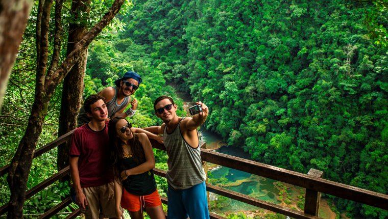La región de Las Verapaces tiene diversos destinos turísticos. (Foto, Prensa Libre: Hemeroteca PL).