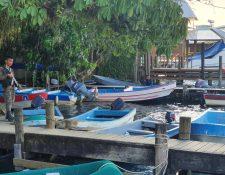La presencia militar en Río Dulce, Izabal, debido al estado de Sitio ha afectado la visita de turistas. (Foto Prensa Libre: Dony Stewart)