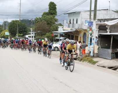Vuelta 59    Manuel Rodas sufre retraso por problemas en el sistema electrónico de su bicicleta