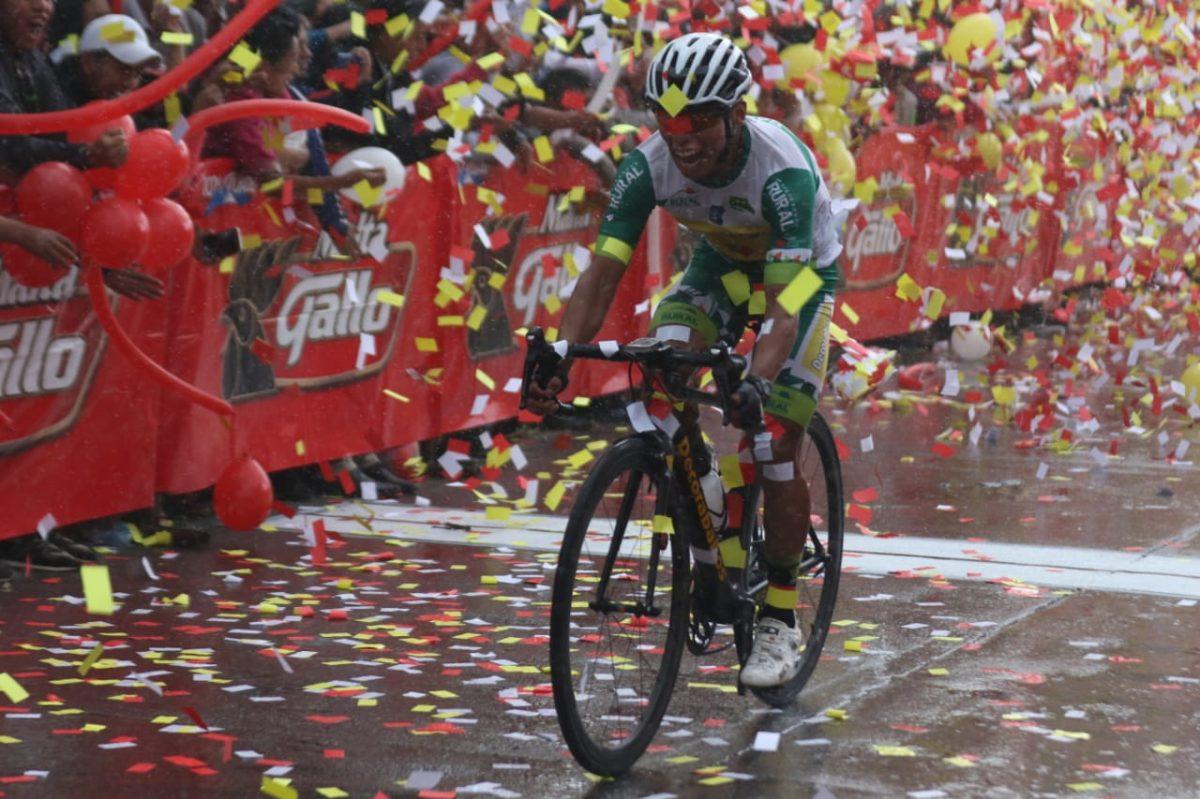Vuelta a Guatemala   Alfredo Ajpacajá gana la sexta etapa y Manuel Rodas conserva el liderato