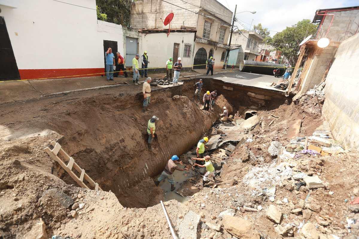 Municipalidad de Mixco no tiene recursos para reemplazar tubería en la colonia Pablo Sexto
