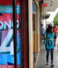 El bono 14 equivale a un salario nominal y por ley se debe realizar a más tardar el próximo 15 de julio, y parte de ese dinero se inyecta a la economía. (Foto Prensa Libre: Hemeroteca)