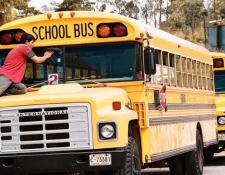 Las clases fueron suspendidas por el Ministerio de Educación para evitar contagios. (Prensa Libre: Hemeroteca PL)